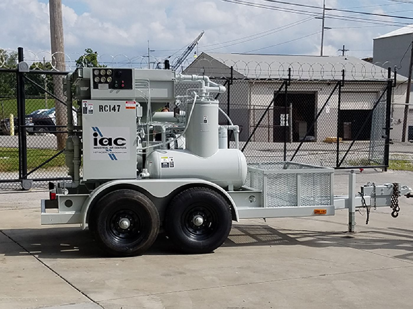 Picture Of IAC Rental Air Compressor Trailer